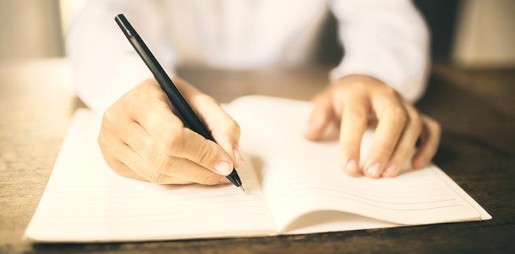 custom essays writing